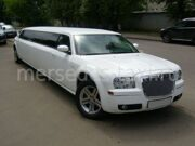Chrysler-white-2011-10mest_00010